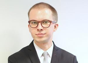 Krótki raport o rynku nieruchomości komercyjnych. Jarosław Wójtowicz, Starszy analityk rynku nieruchomości
